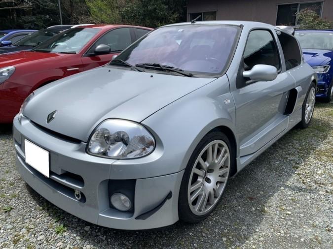 CLIO V6 FRONT